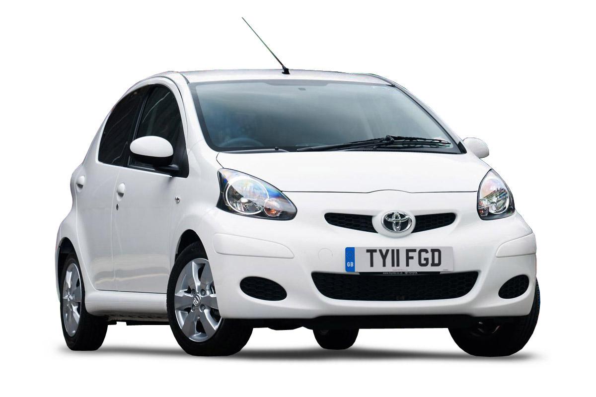 Toyota-Aygo-city-car-2010-front-quarter-main